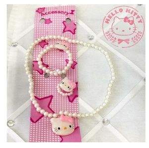 🎀 Hello Kitty 3 piece White set Fashion Jewelry